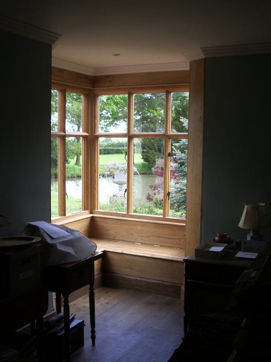 bay_window_inside